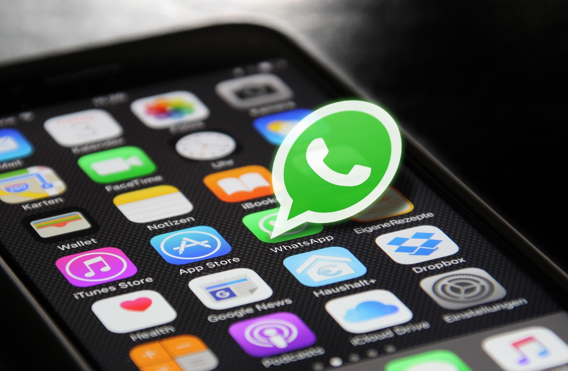 Незлоупотребляйте рассылками — WhatsApp может изасудить