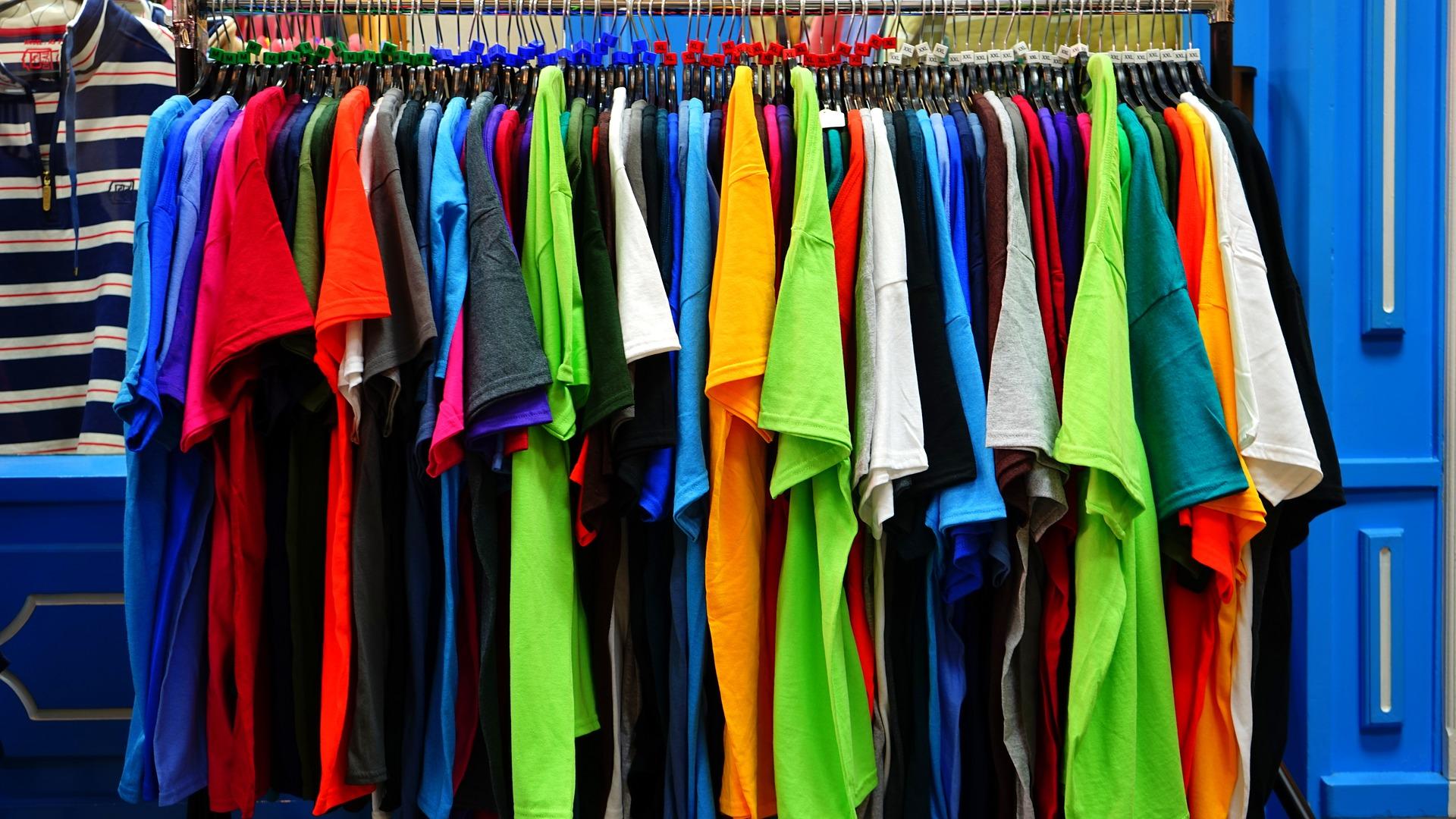 Что носить гику летом? Подборка футболок