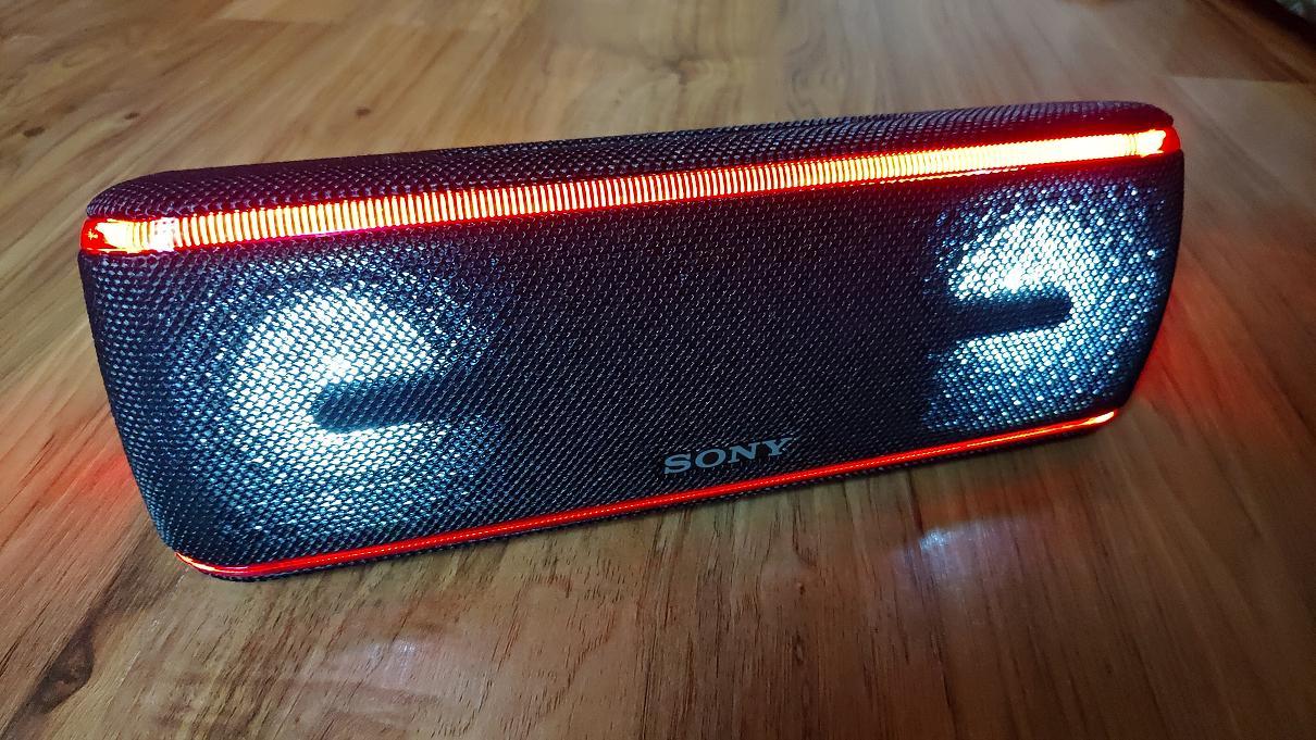 Обзор беспроводной колонки Sony SRS-XB41 Extra Bass