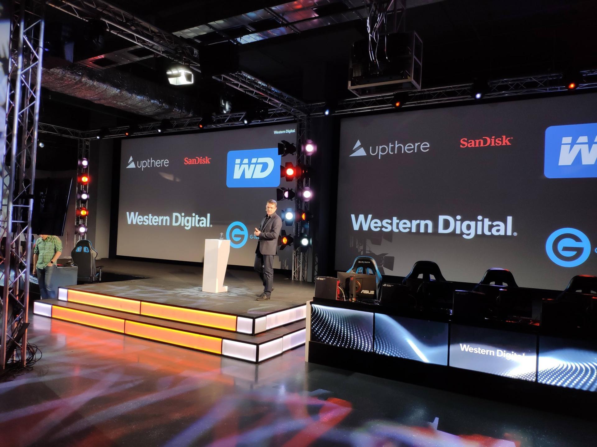 Western Digital показала реактивные SSD NVMe Black SN750