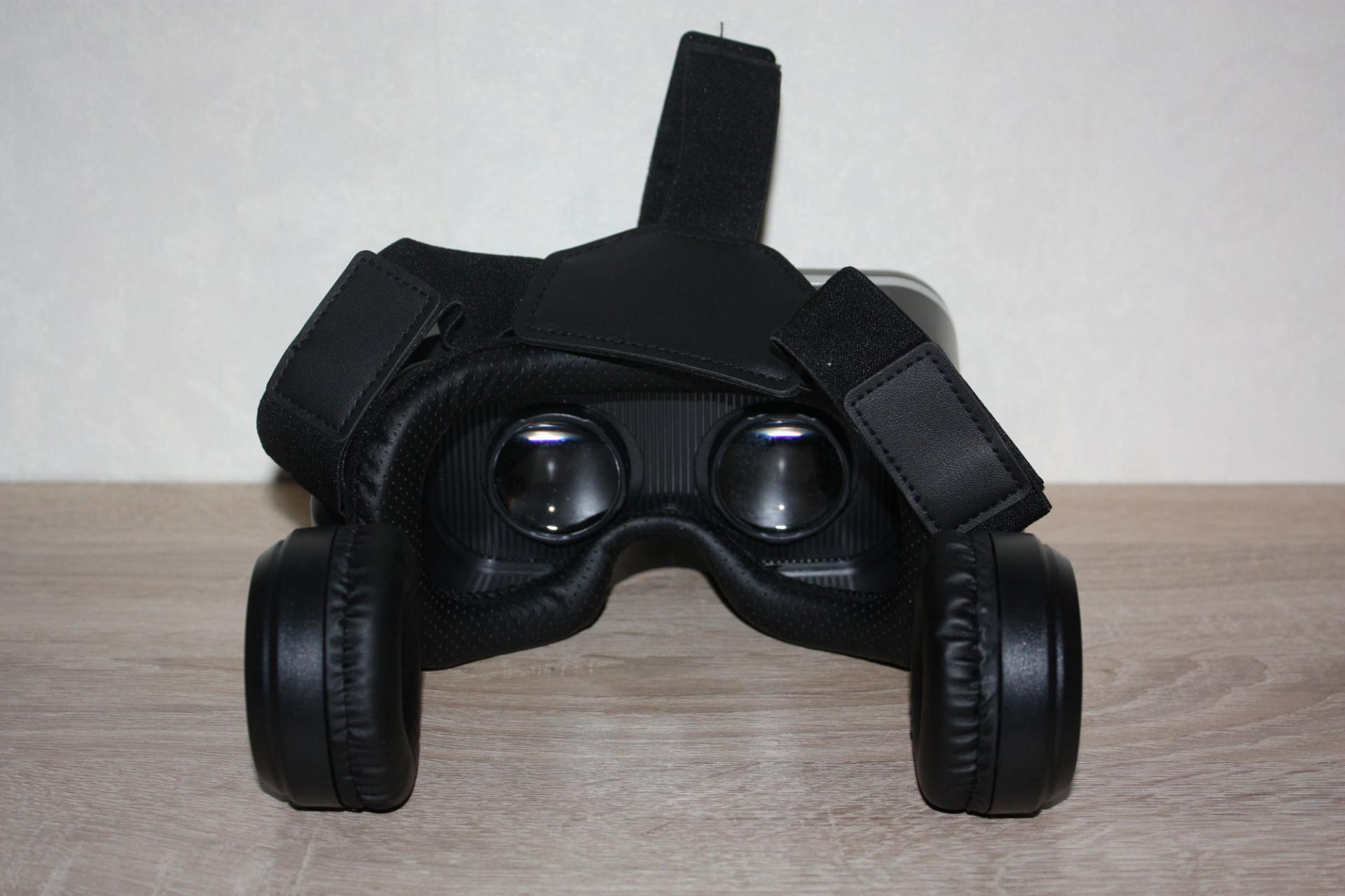 Обзор очков виртуальной реальности Smarterra VRSound MAX