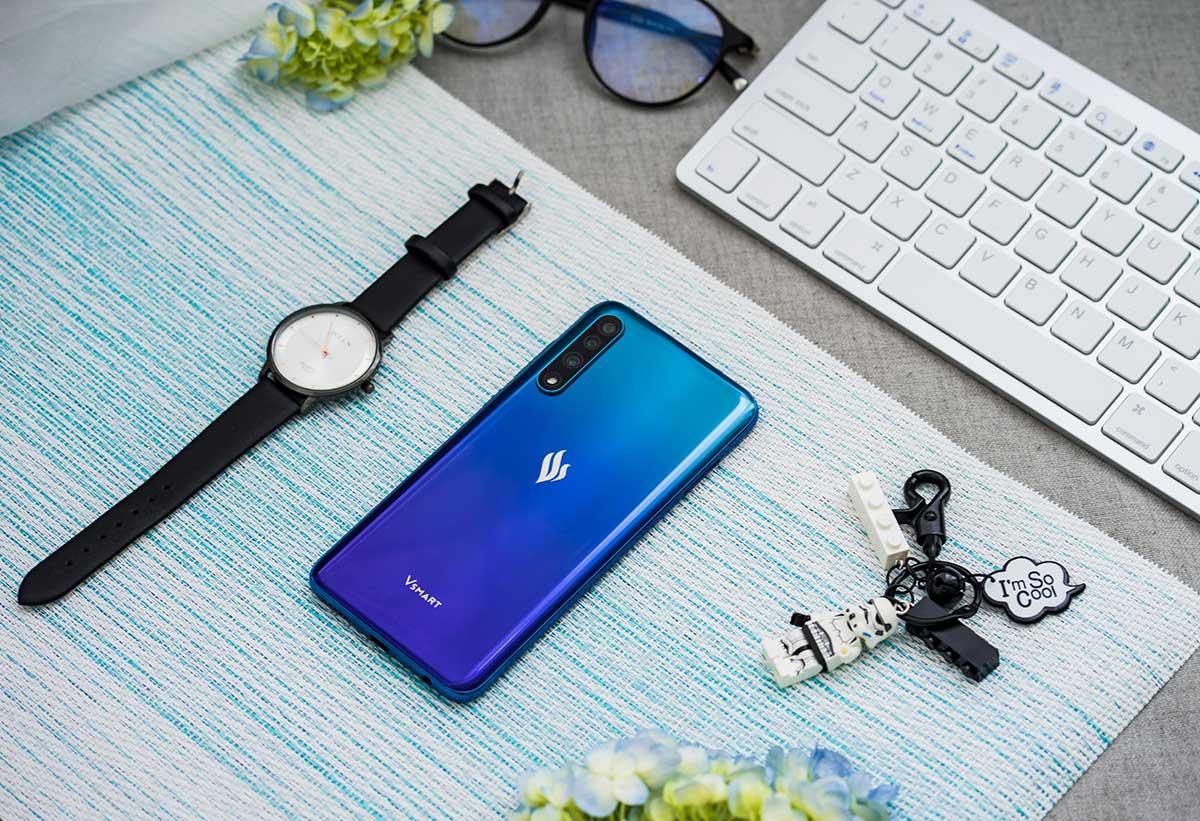 Топовый Вьетнамский смартфон может быть доступным по цене. Ловим скидку на Vsmart Live