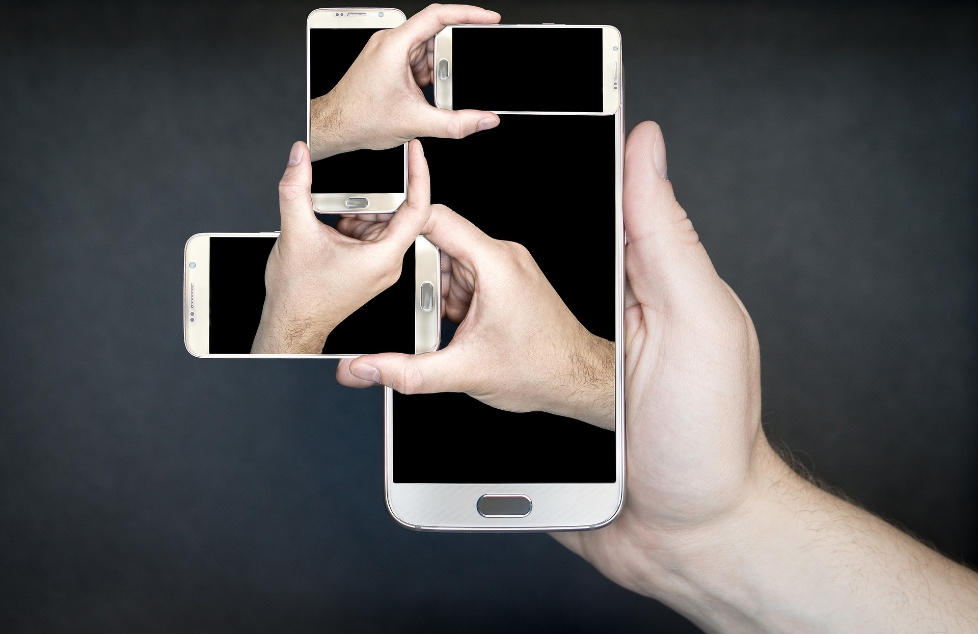 Лучшие смартфоны 2019 поверсии западных СМИ