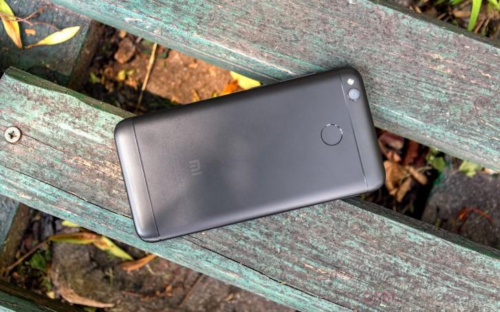 MIUI 11 придёт даже настарые смартфоны Xiaomi