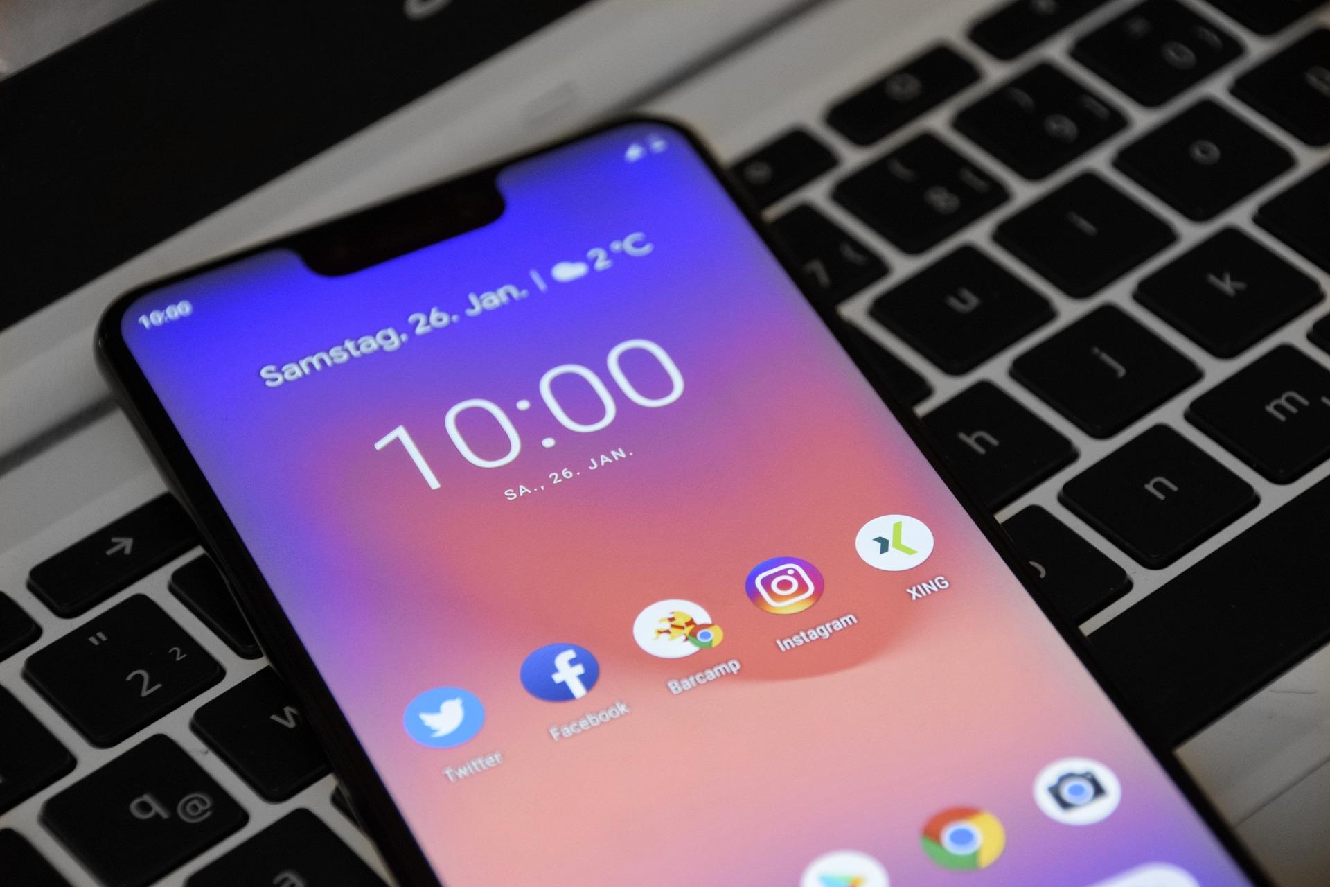 Выбираем хорошие смартфоны до15 тысяч рублей