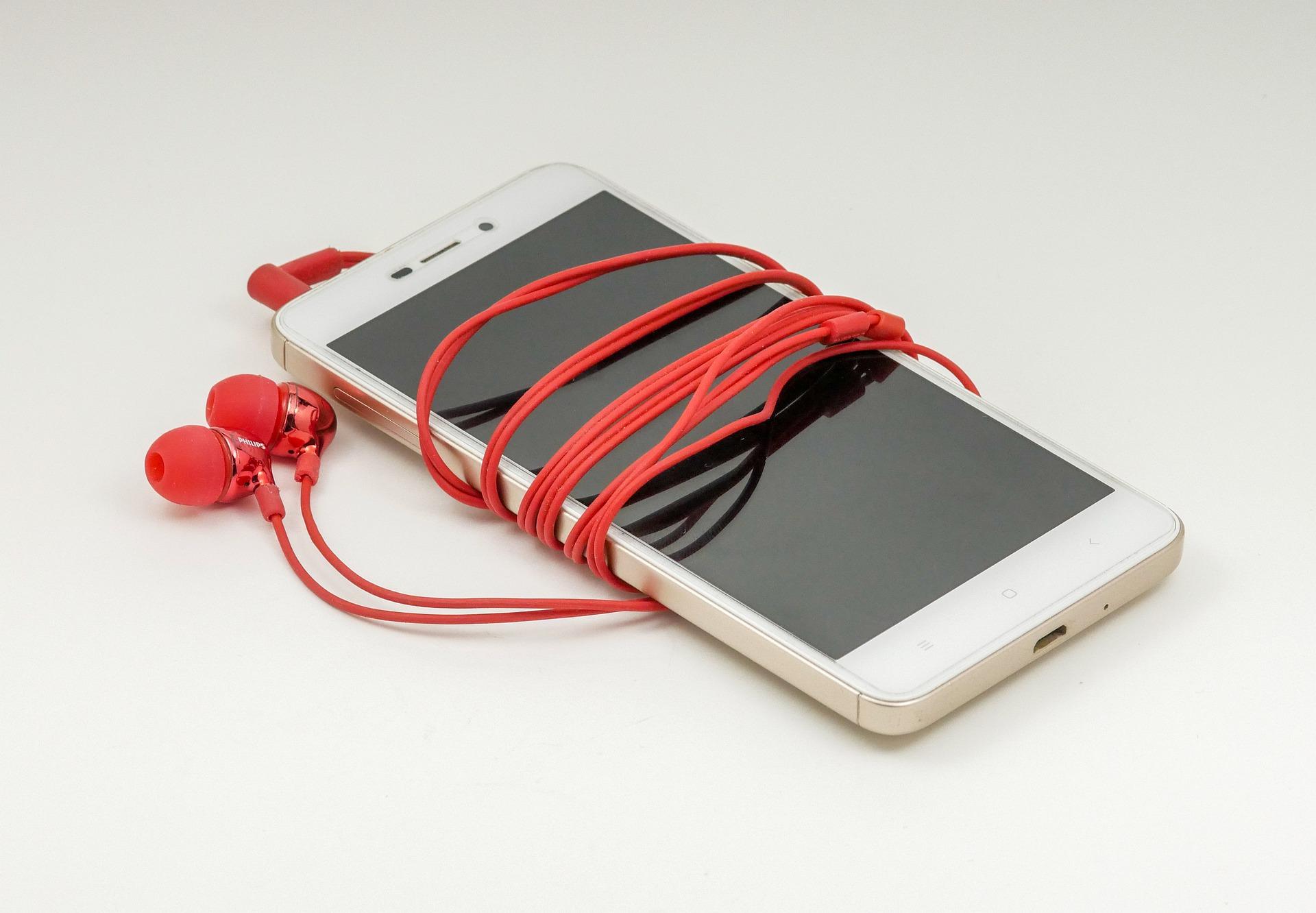 10 трендовых смартфонов 39 недели