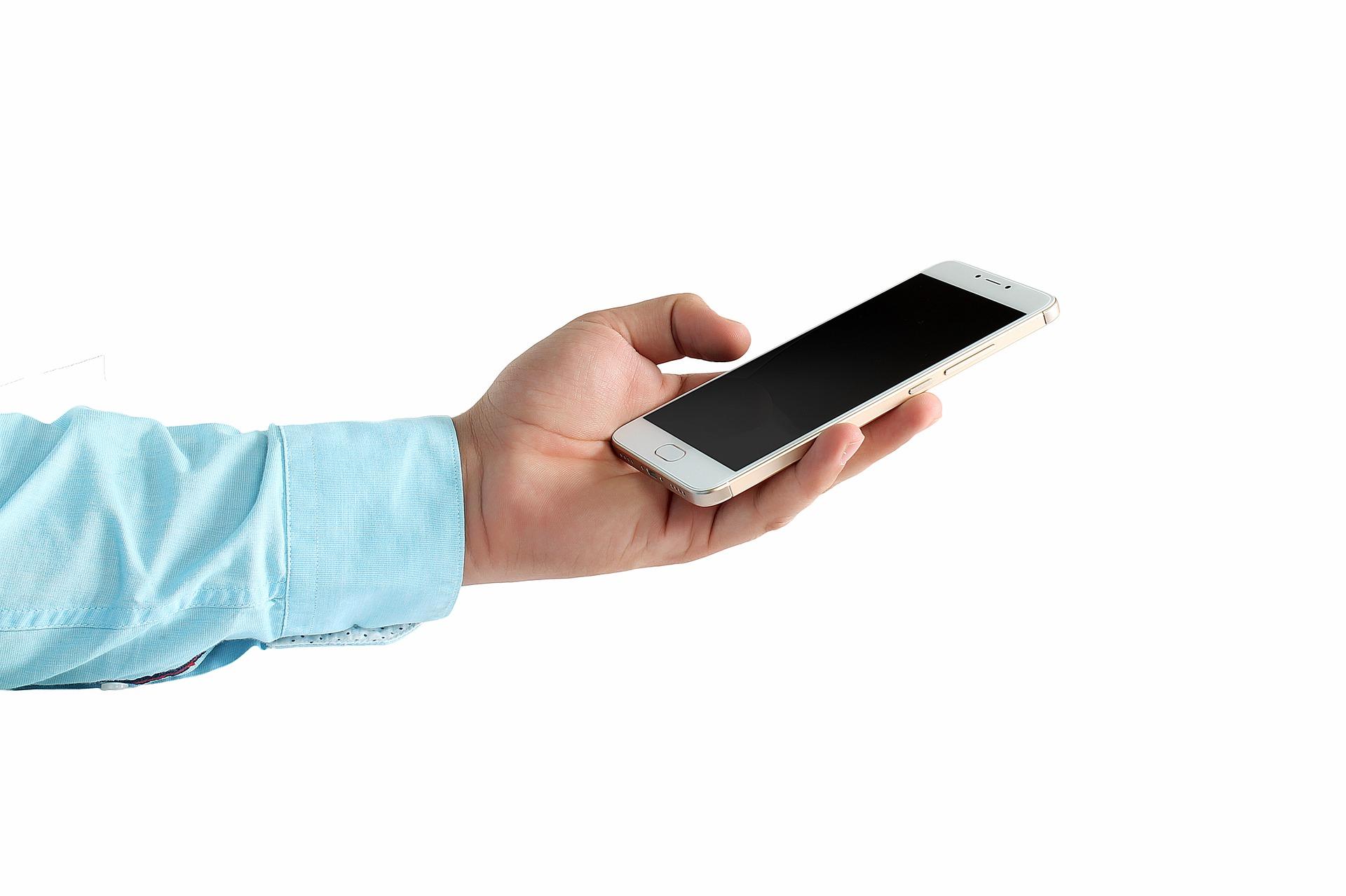 Самые популярные смартфоны сентября поверсии Яндекса