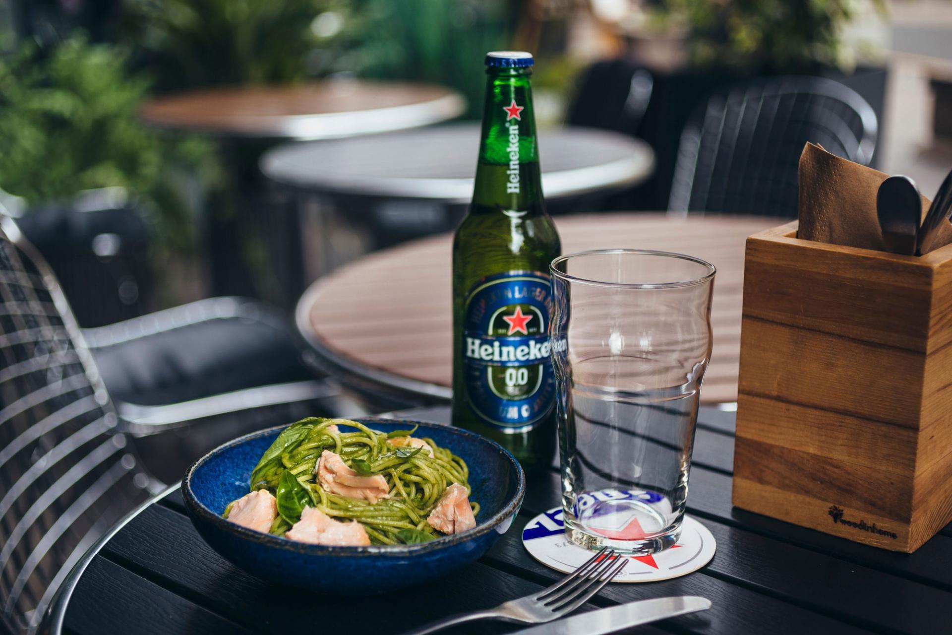 Heineken 0.0 иВиталий Истомин представляют рецепты идеального ланча