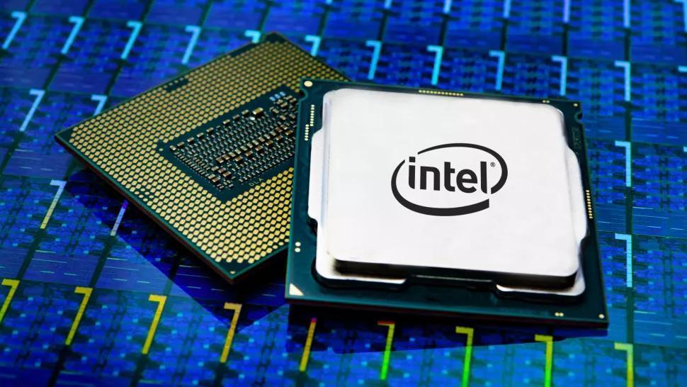10-ядерные процессоры Intel Comet Lake работают смощностью Geforce RTX 2080