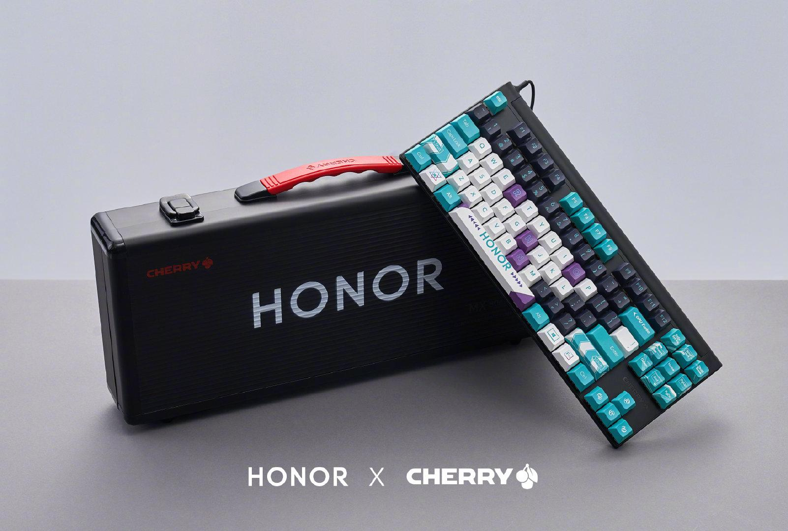 Honor продастмеханическую клавиатуру спереключателями Cherry