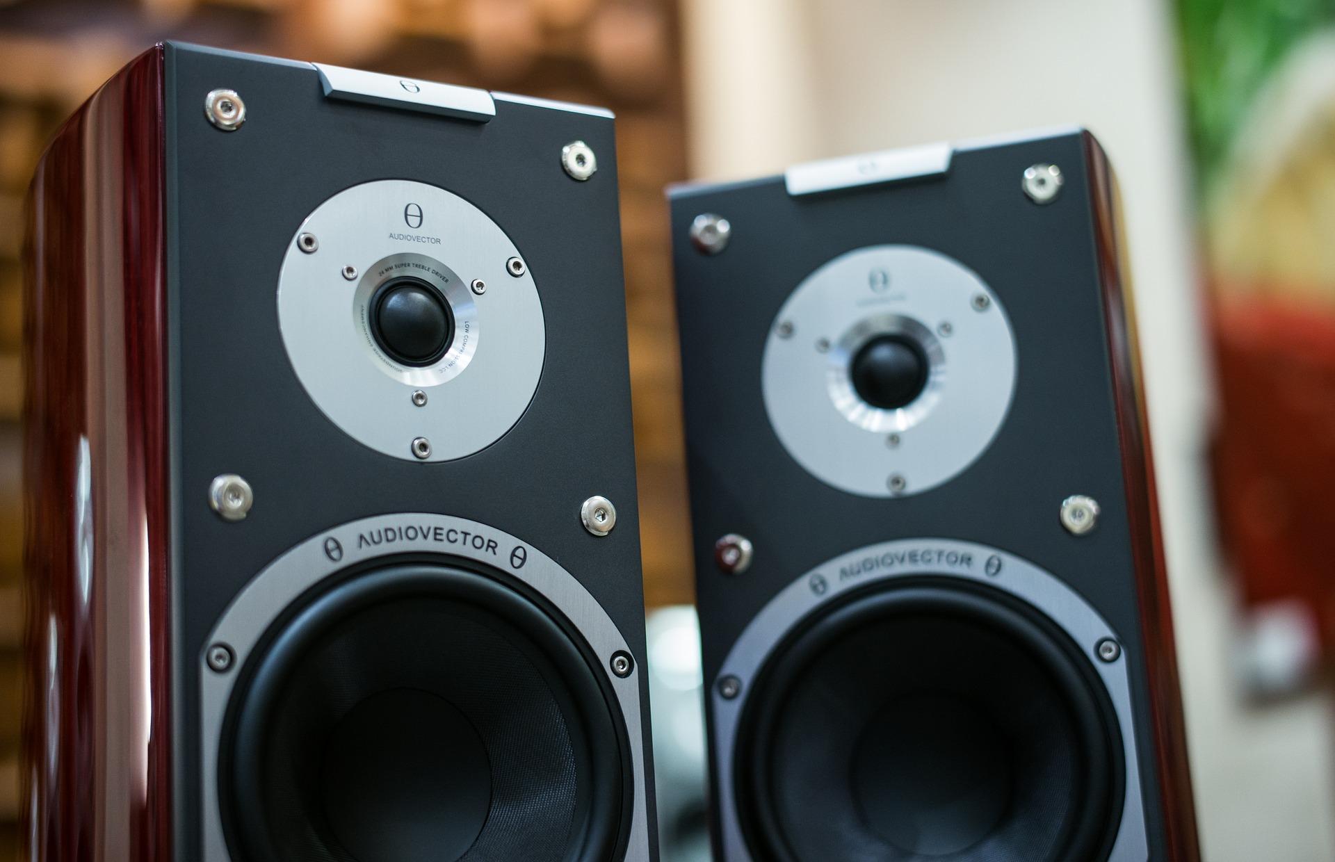 Как выбрать акустическую систему — советы для начинающих