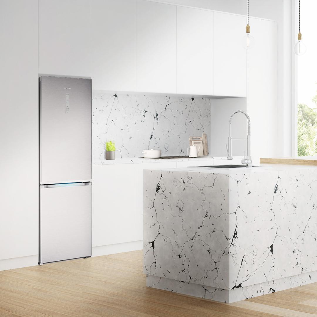 Samsung выводит нарынок холодильник RB7000 сбесплатной доставкой поРоссии