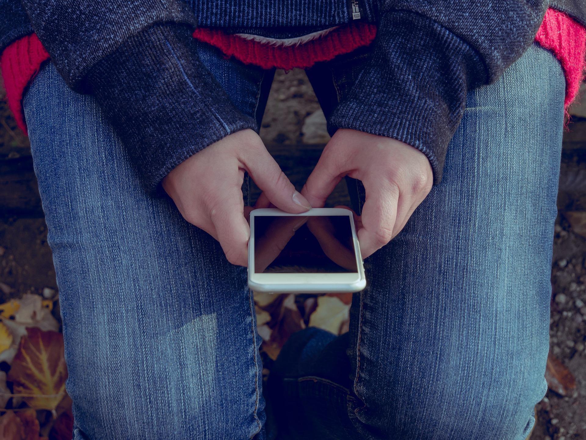 5 вредных привычек, из-за которых можно лишиться любимого смартфона