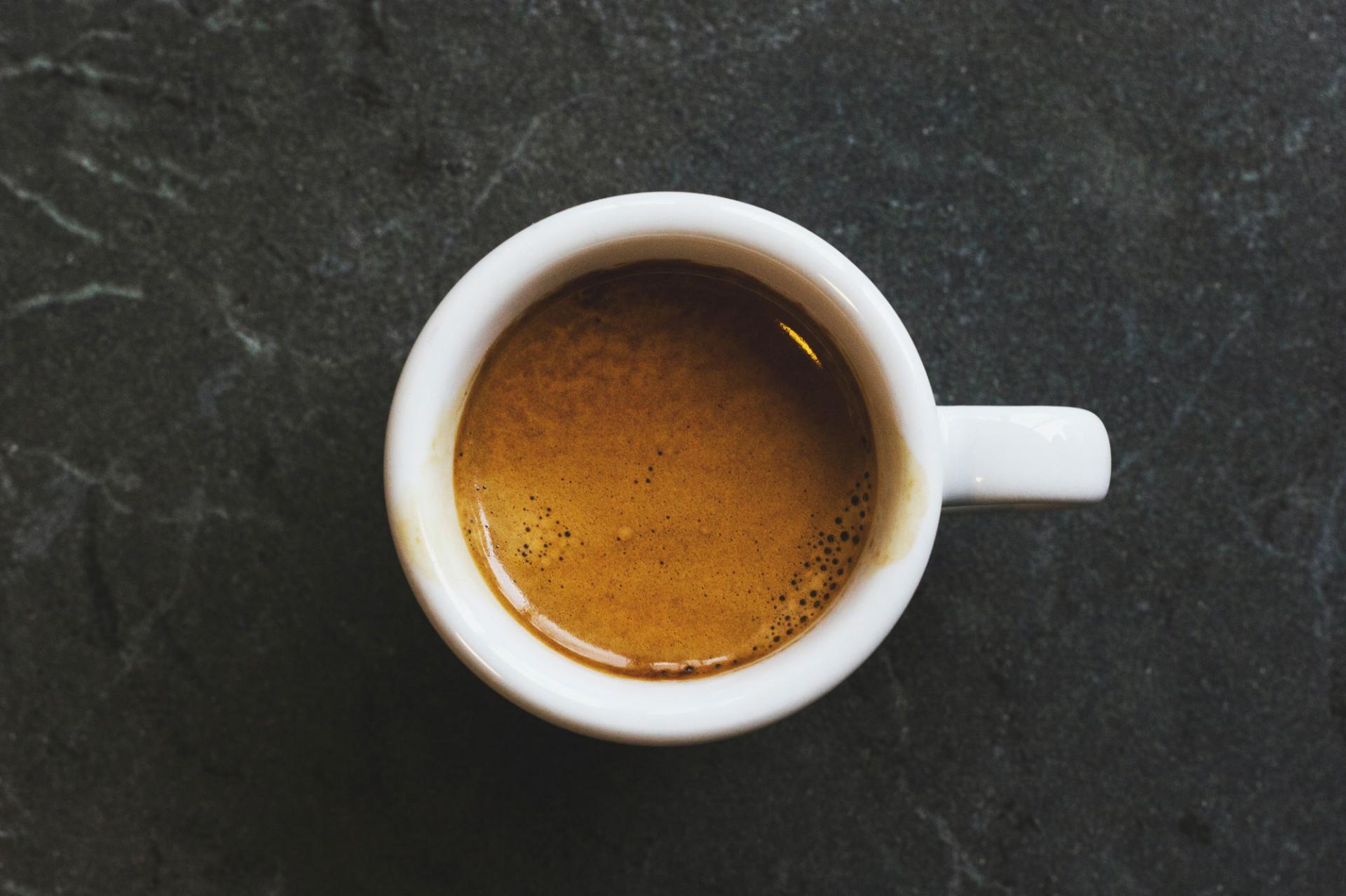 Действительноли эспрессо лучше чёрногокофе? Разъяснение различий
