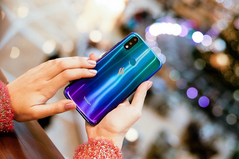 Смартфоны Vsmart метят впраздничные подарки — стали заметно дешевле