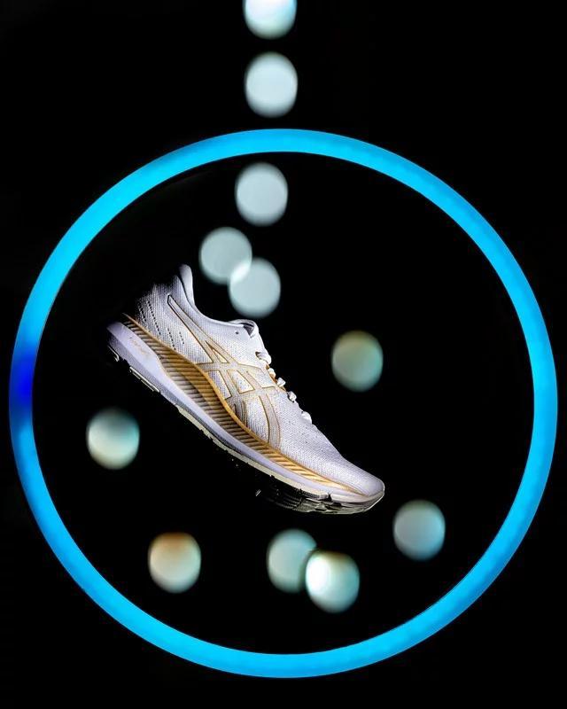 ASICS Smart Shoes – интеллектуальные кроссовки соткликом вреалтайме