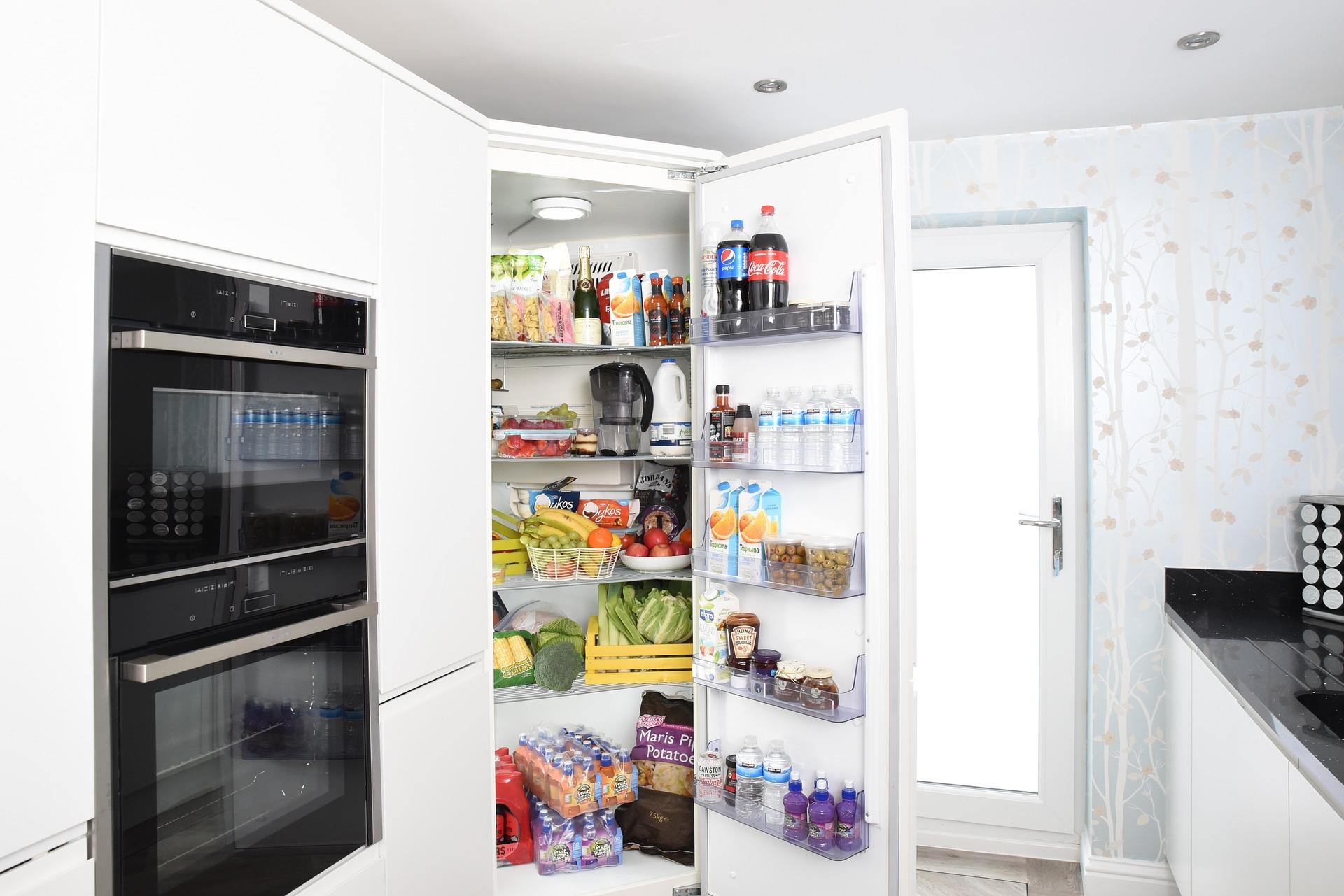 Как правильно складывать продукты вхолодильник?