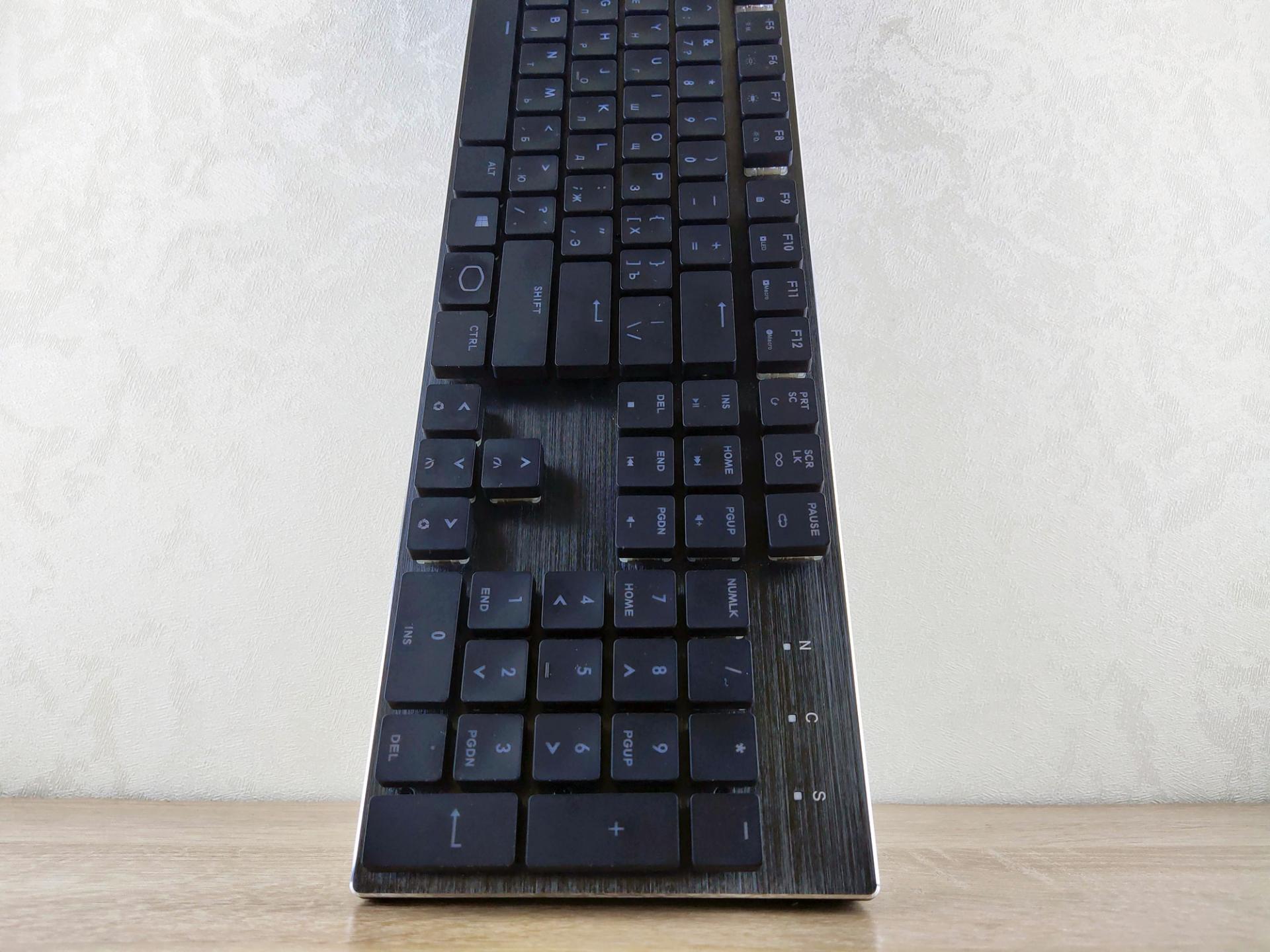 Обзор механической игровой низкопрофильной клавиатуры Cooler Master SK650