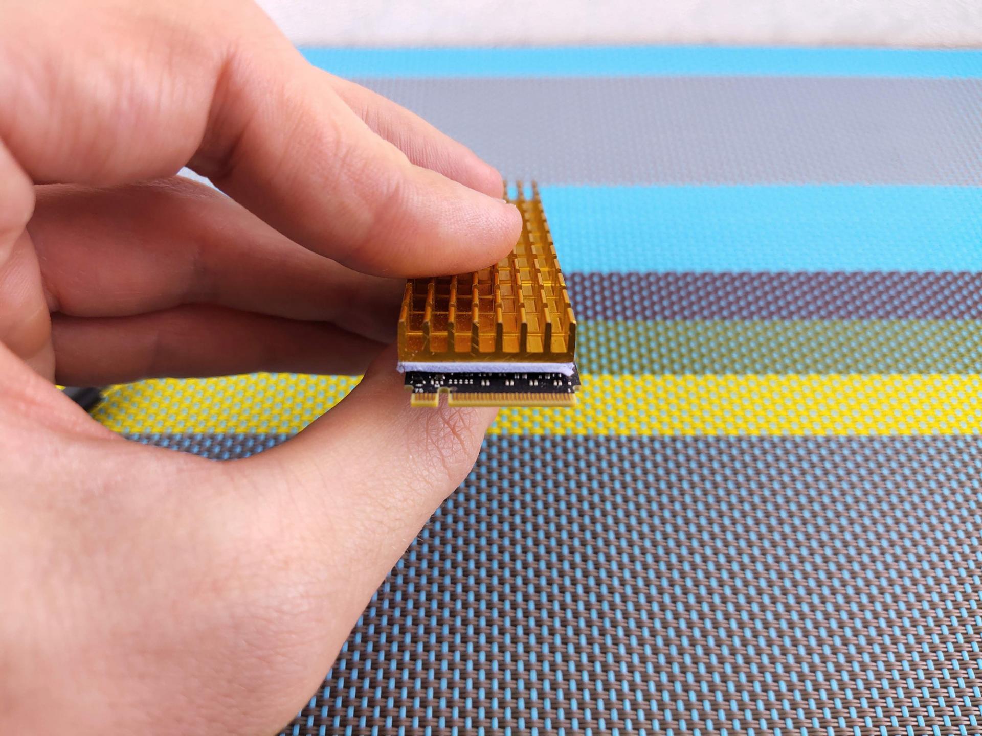 Охладить скоростной SSD радиатором сAliexpress: реальноли это?