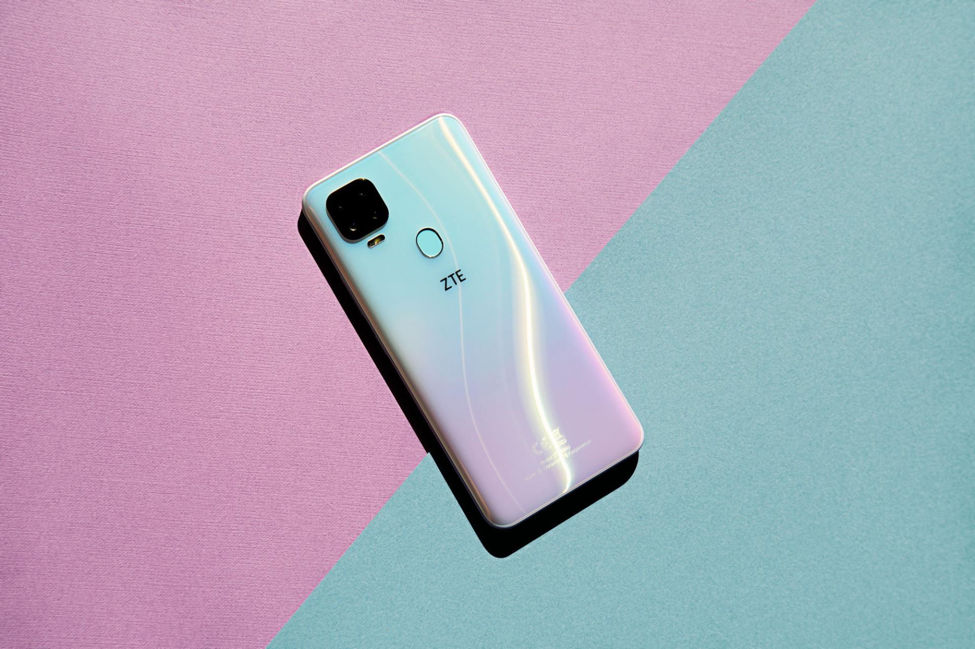 ZTE выпустила смартфонBlade V2020 за15990 рублей