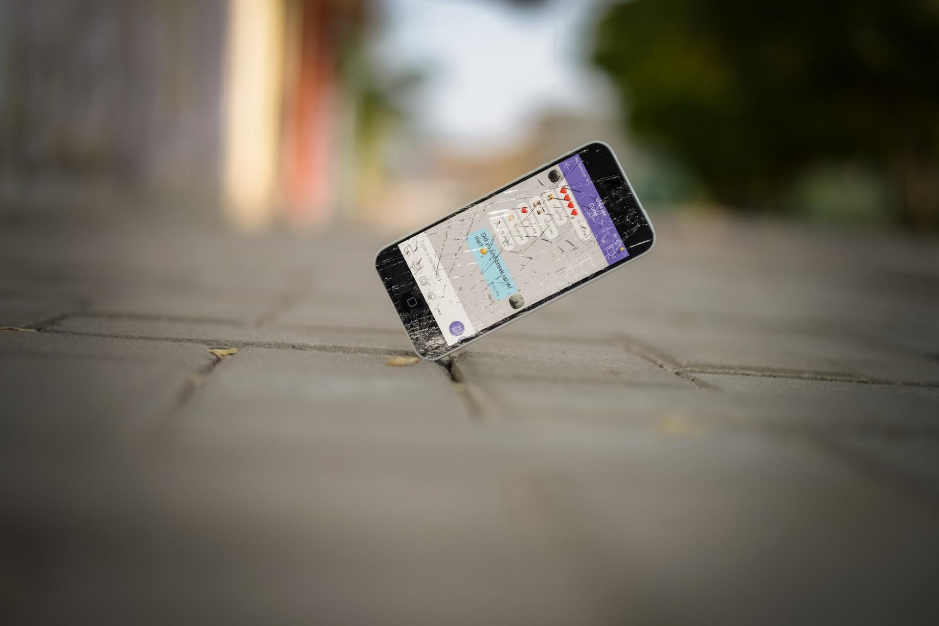 Названысмартфоны, которые легче идешевле всего ремонтировать