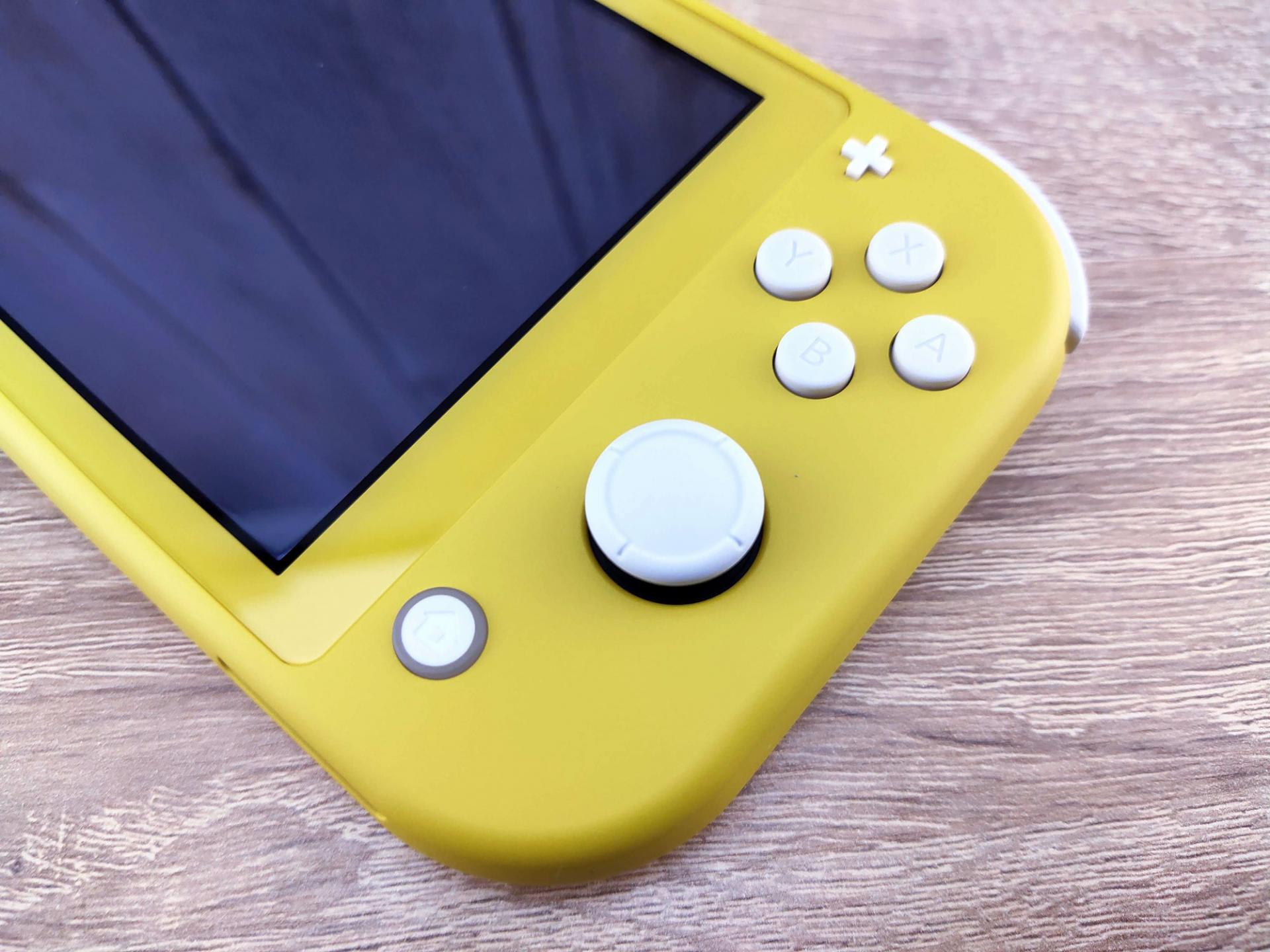 Обзор портативной игровой приставкиNintendo Switch Lite