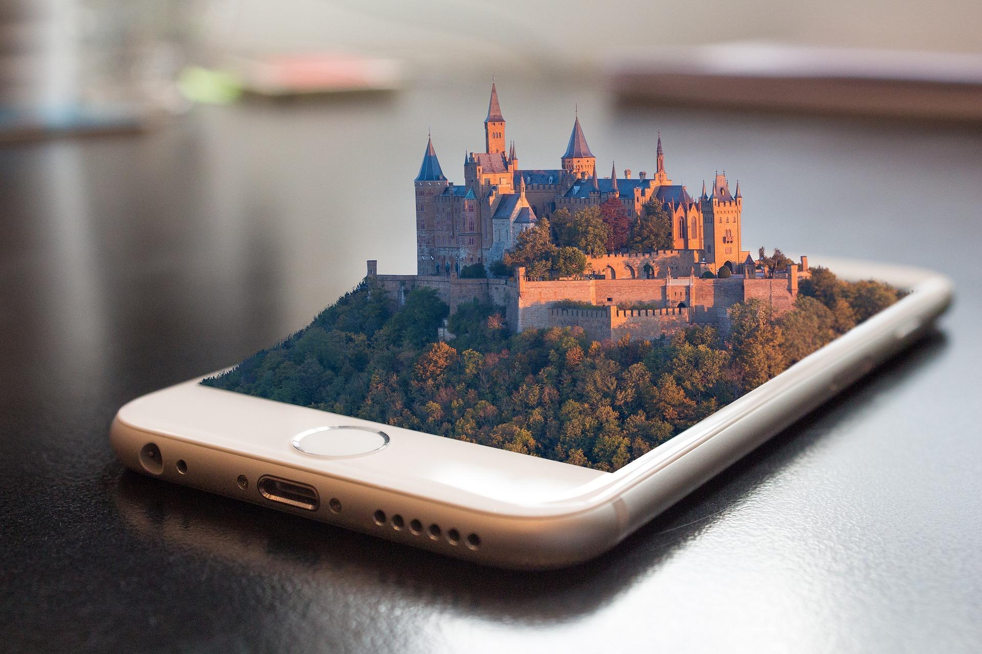 10 популярных смартфонов 18 недели