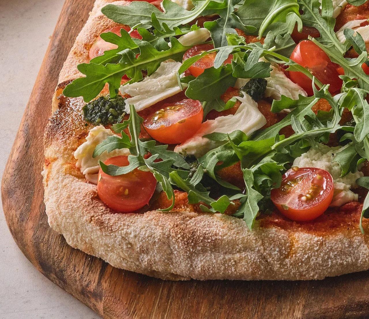 Нароссийском рынке появился новый бренд TVOЯ Pizza delivery