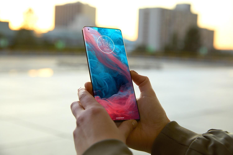 Смартфоны Motorola Edge+ иG9 Plus пошли впродажу вРоссии