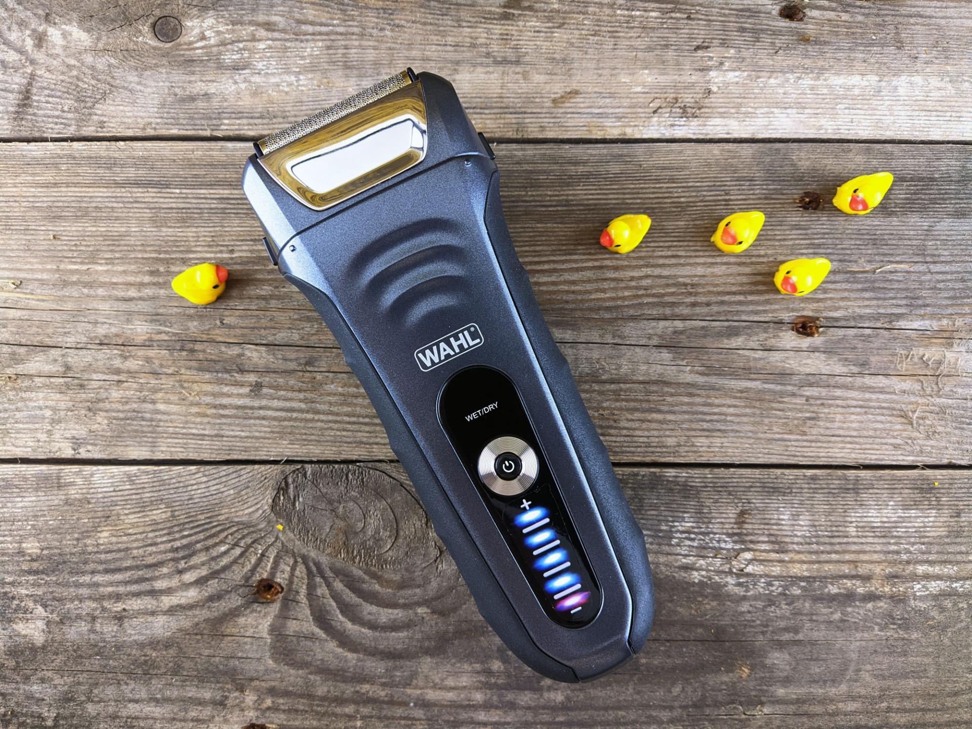Тест-драйв электробритвы WAHLAqua Shave 7061L
