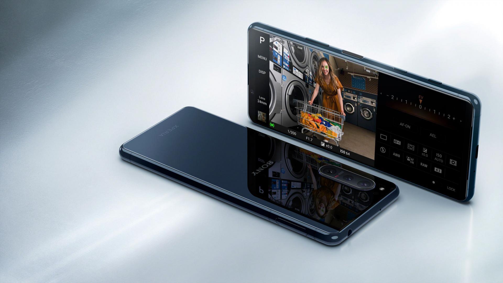 Sony Xperia 5 II— оннафарширован пополной идаже более