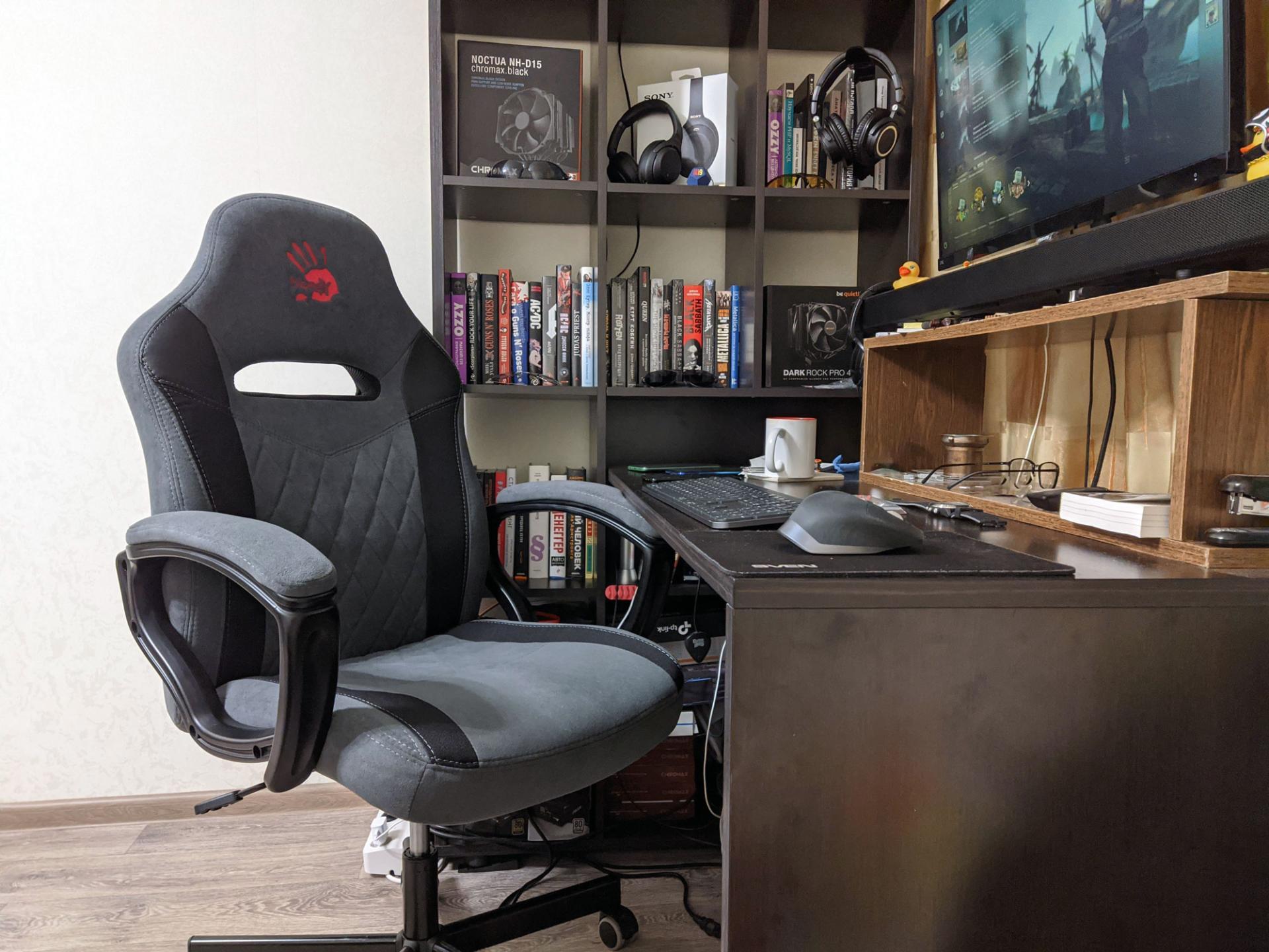 Тест-драйв игрового кресла A4 BLOODY GC-110
