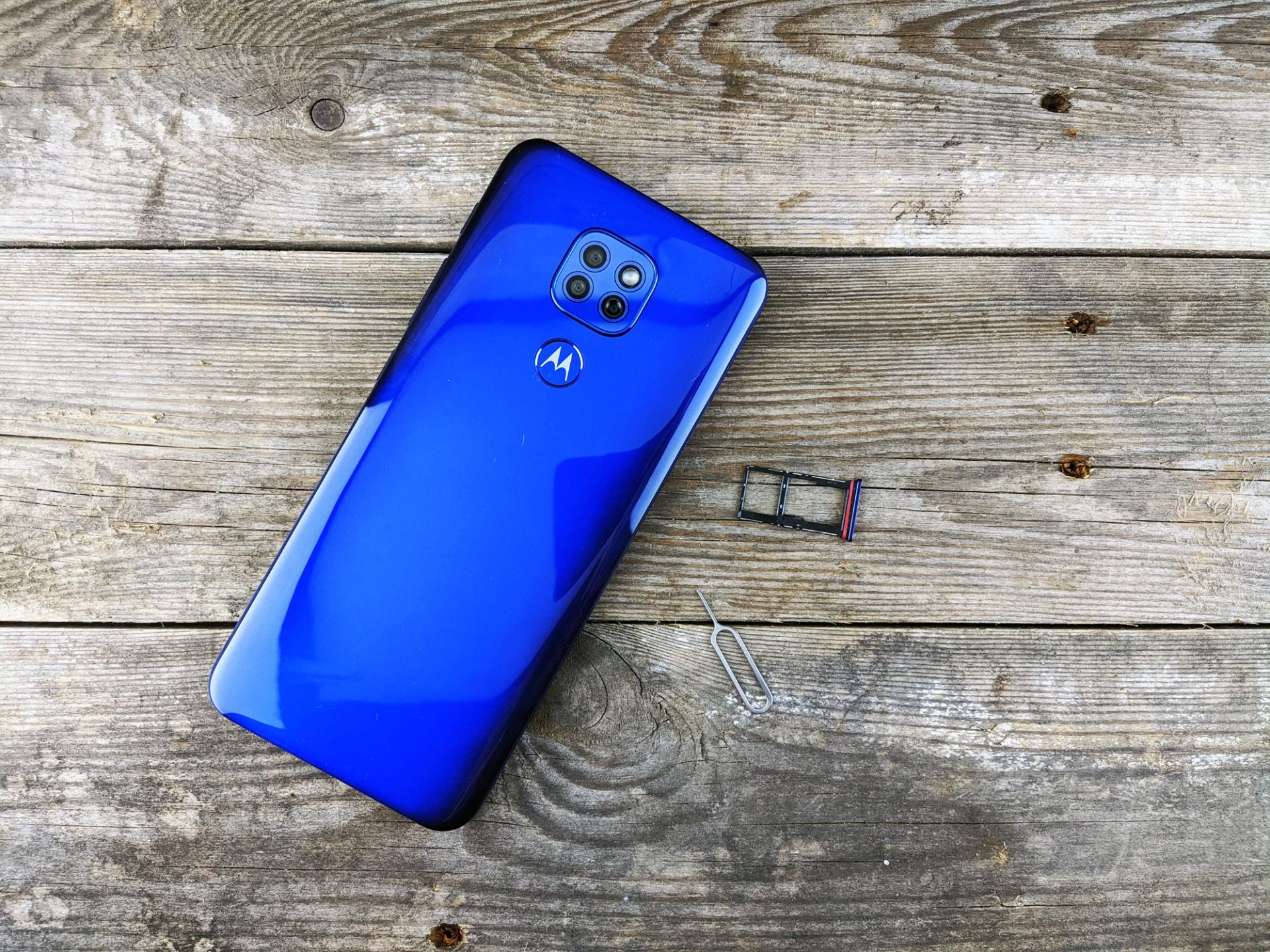 Тест-драйв смартфона Motorola Moto G9 Play 64GB Dual Sim