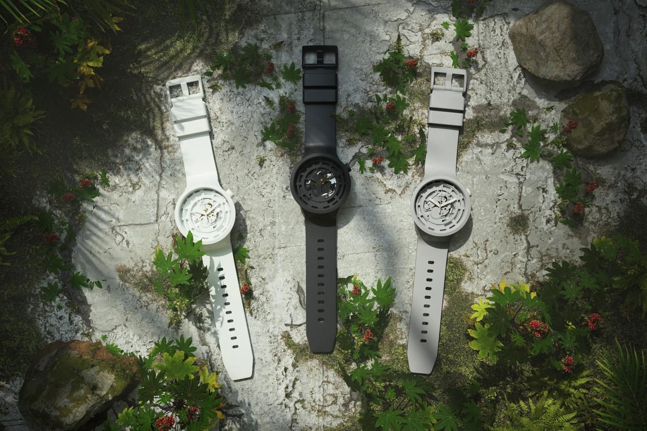 Swatch представила часы избиокерамики