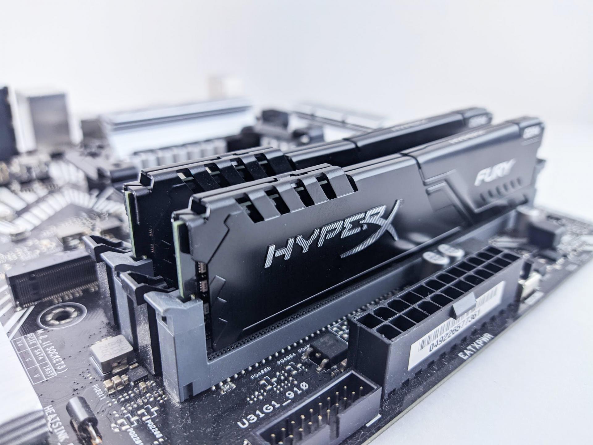 Названа самая быстрая память стандарта DDR4 для AMD и Intel