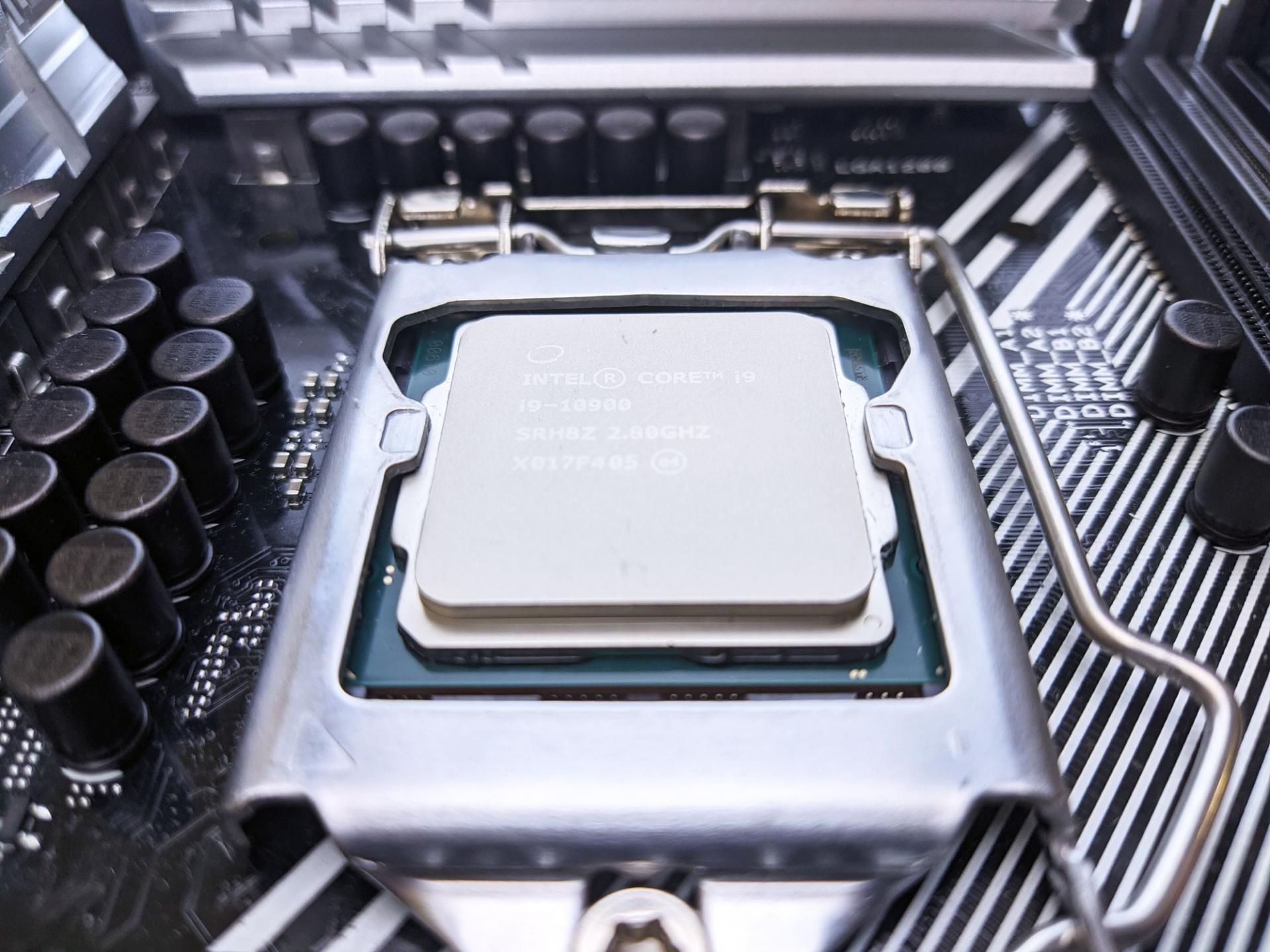 Тест-драйв процессора Intel Core i9-10900