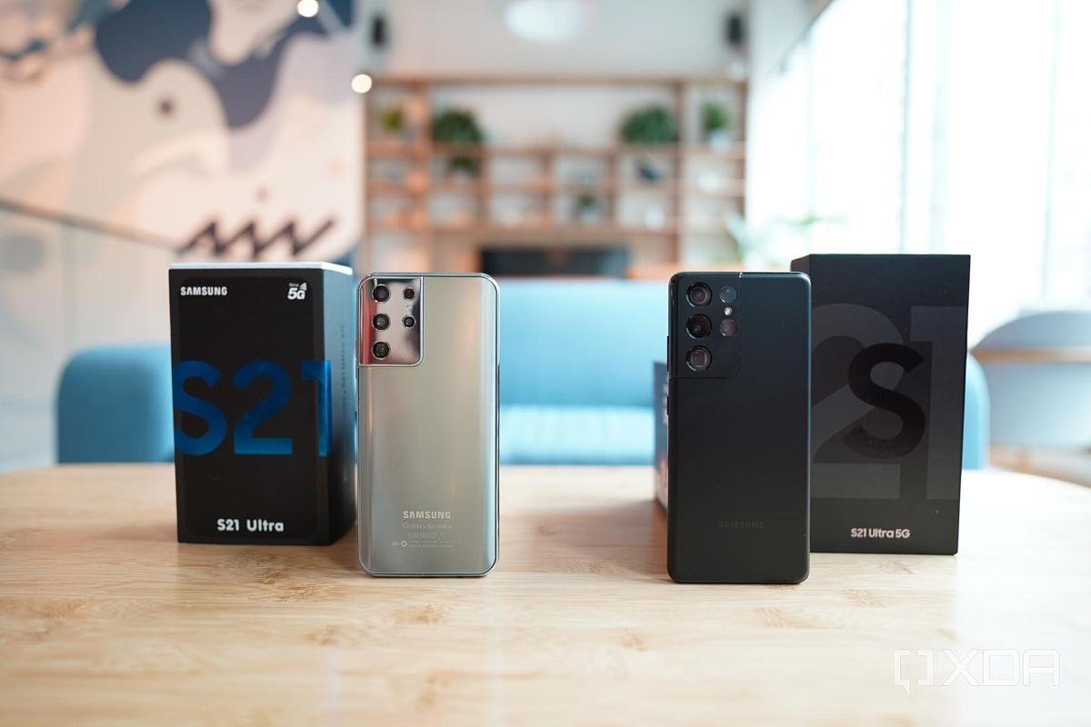 Настоящий Samsung Galaxy S21 Ultraпротив фейкового Galaxy S21 Ultra