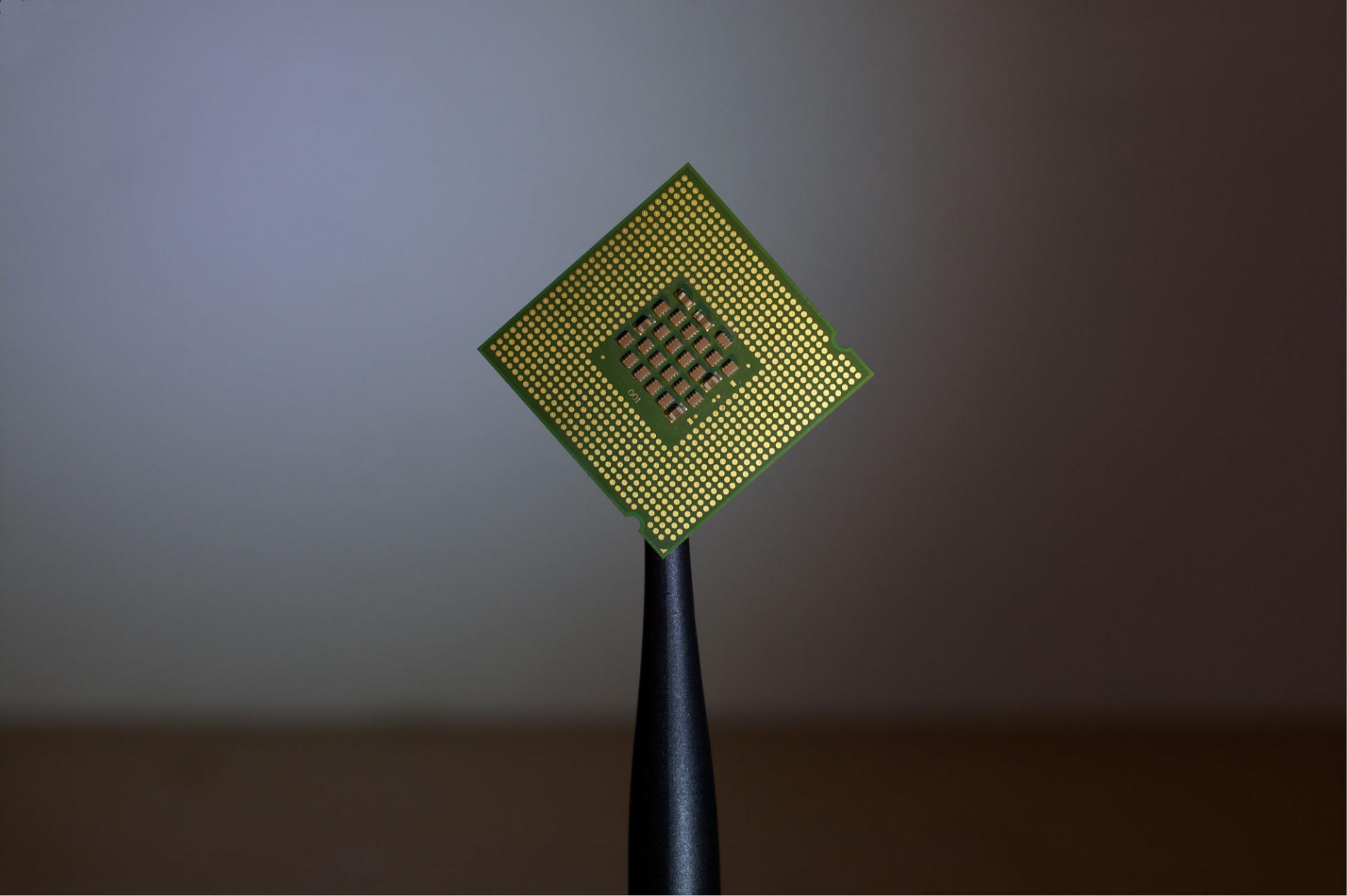 Поддельные процессоры распространяются накитайском рынке изарубежом