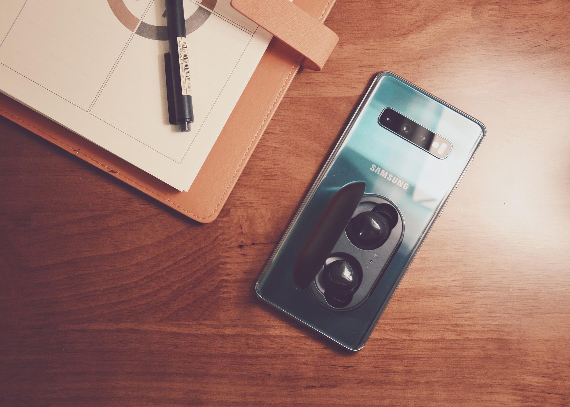 4 смартфона Samsung уже обновляются доOne UI3.1