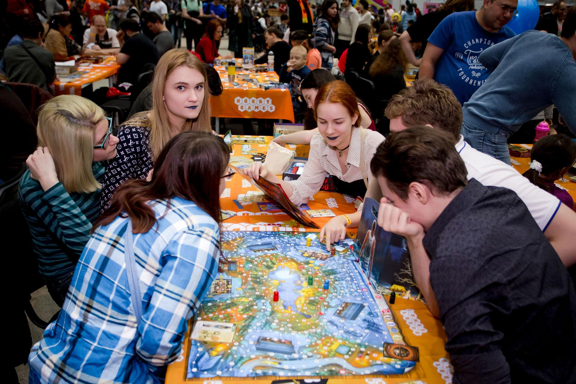 Игры настол! Отмечаем Международный день настольных игр всей Россией