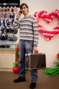 Ваш покорный слуга с волшебным чемоданчиком :)