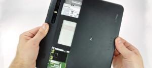 Motorola Xoom - начинаем разбирать
