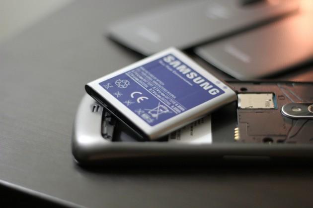 Что делать с батареей самсунга не держит зарядку